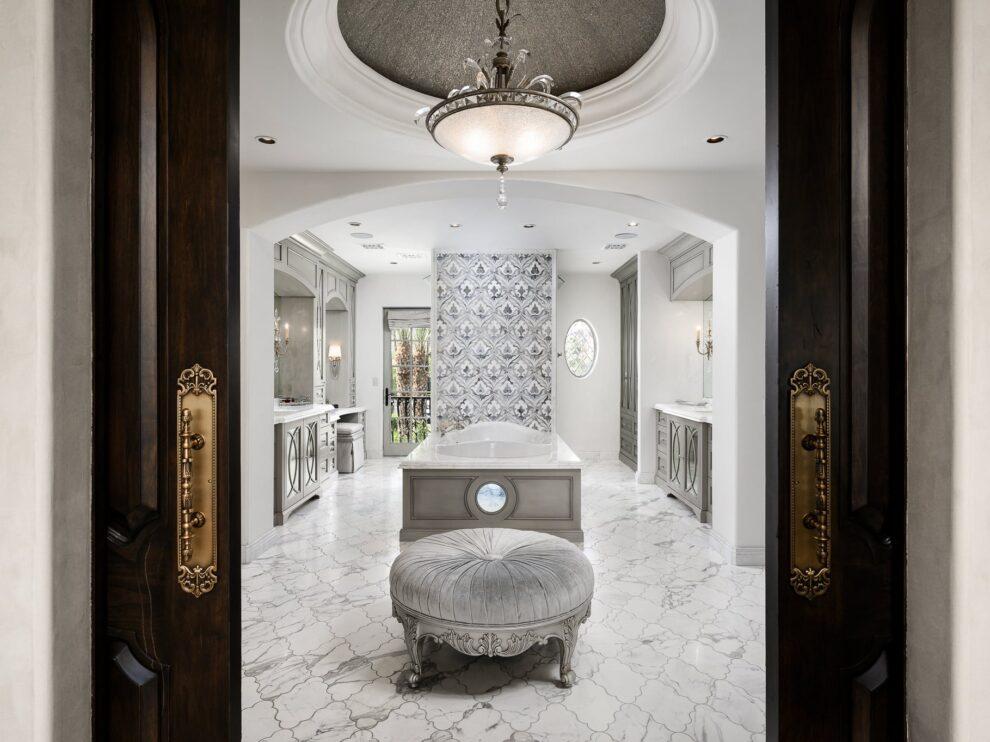 Hire and Interior Designer